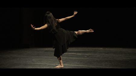 cygne-kaori-ito-danse